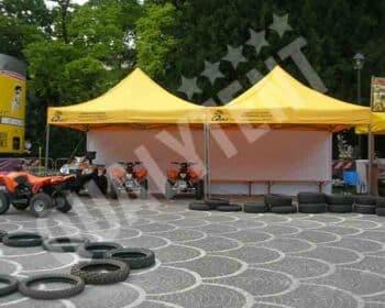 Tendas dobráveis amarelas de montagem modular