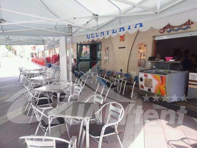 Tendas dobráveis para proteção da chuva e do sol